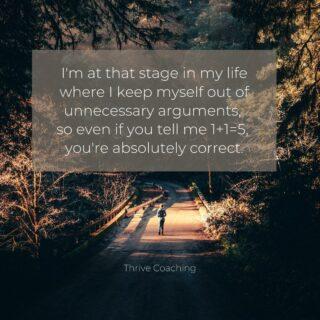Choose your battles wise  Vroeger was ik een persoon met een zeer uitgesproken mening en dit bracht me vaak in verhitte gesprekken die veel energie kosten maar niets opleverden.  Vandaag sta ik anders in het leven. Ik vind dat iedereen een mening mag hebben, ook al staat die mening mijlen ver van mij visie... met dat grote verschil, ik steek geen tijd noch energie meer in gesprekken die voor mij geen meerwaarde opleveren.  Niet omdat ik me te goed voel maar net omdat ik geleerd heb om anderen hun mening te respecteren. Ik vind het ook fijn wanneer mensen mijn gedachten niet aanvallen en mij in mijn waardigheid laten. 